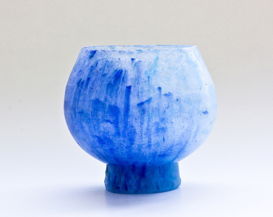 Light blue bowl with base